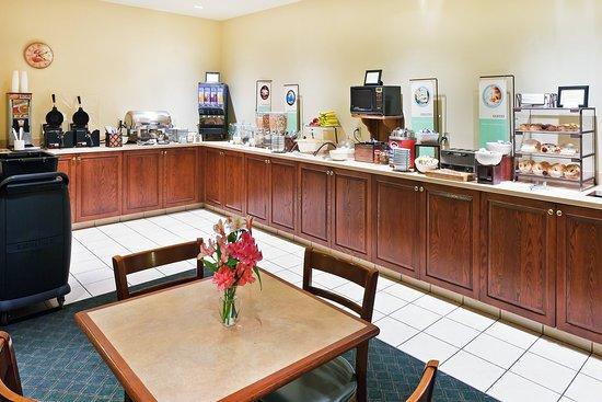 Lewisburg, PA: Breakfast Room