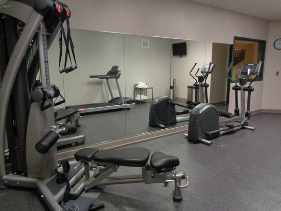 Country Inn & Suites By Carlson, Brooklyn Center : Fitness Room
