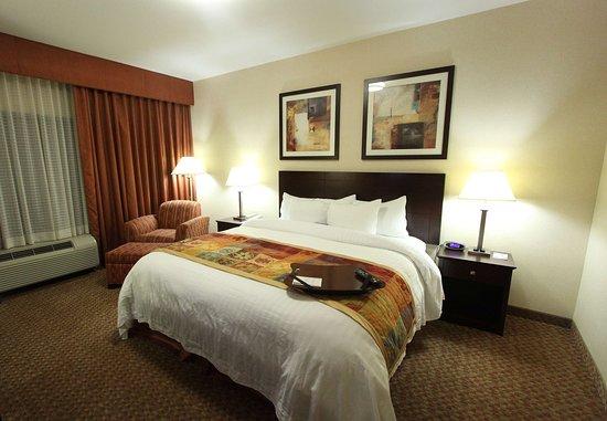 Somerset, NJ: King Spa Suite Sleeping Area