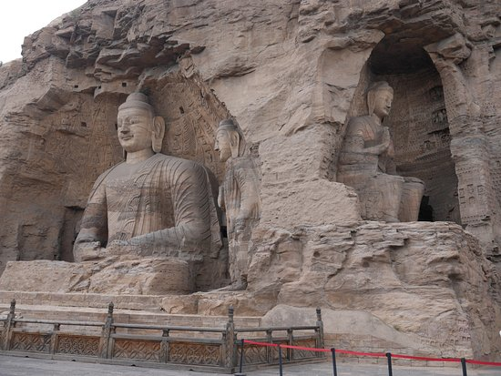 Tan Mei Kee Nuns Statues: Les Buddhas géants