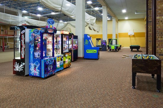 Saint Cloud, MN: Children's recreation at Holiday Inn & Suites St. Cloud, MN