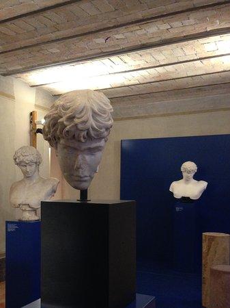 Museo Altemps: 2 Teile der Antinoobueste und eine 3D-Anmutung