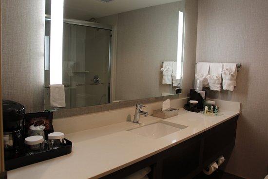 Lakewood, CO: Brand New Bathrooms coming soon!