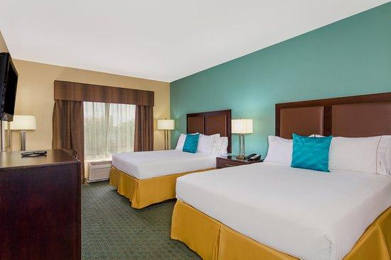 Surprise, AZ: Two Queen Guest Room