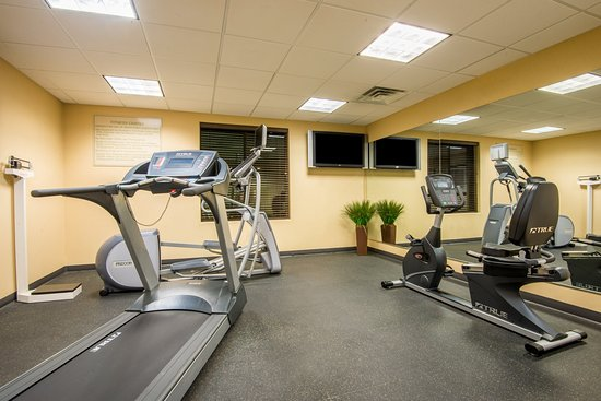 Holiday Inn Express Hotel & Suites Phoenix-Glendale: Fitness Center