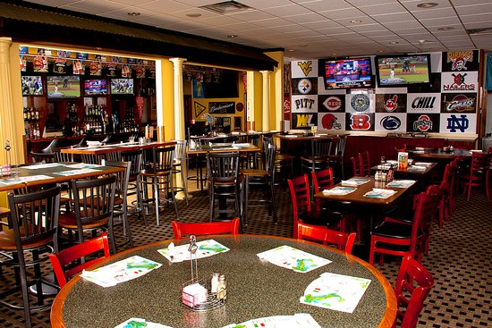 Weirton, WV: Bring your Friends to the Sport's Bar open for Lunch and Dinner.