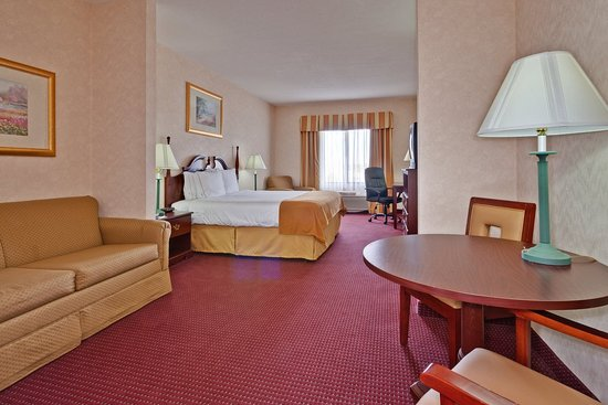 Brookville, OH: Suite