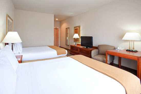 Holiday Inn Express & Suites Columbus Southeast: Queen Bed Guest Room