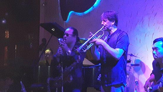 Sax N Art Jazz Club: 20170110_223944_large.jpg