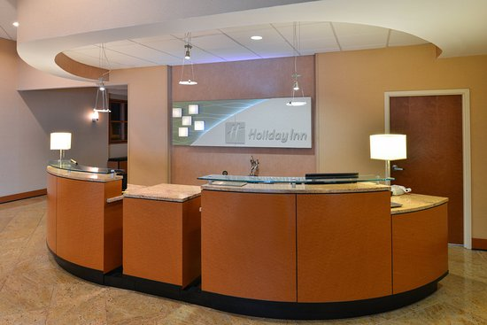 Holiday Inn Martinsburg: Learn about Martinsburg WV from our friendly front desk staff