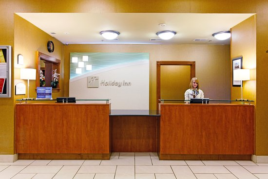 Batesville, MS: Front Desk