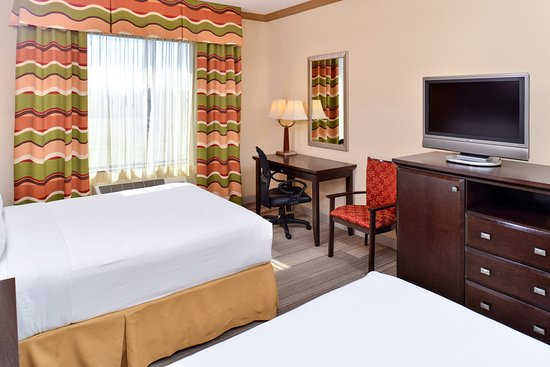 Holiday Inn Express Hotel & Suites Dallas South-DeSoto: Guest Room