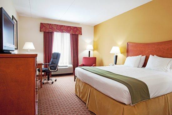 Yulee, FL: King Bed Guest Room