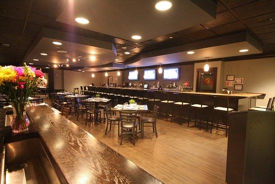 Hazlet, NJ: Enjoy refreshing libations at Tapeo