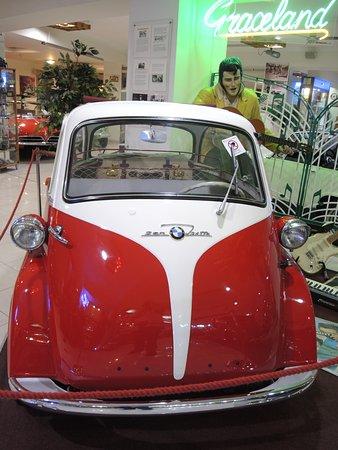 Qawra, Μάλτα: BMW une voiture que Mr Elvis Presley a eu