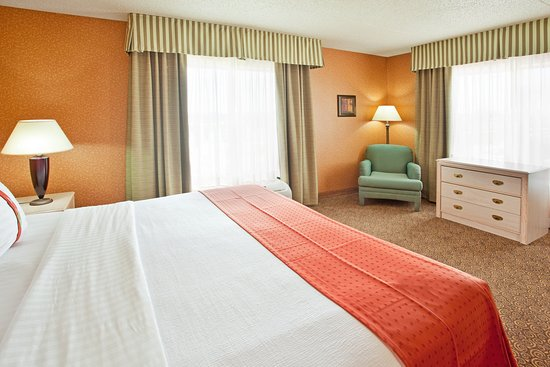 Corporate Hotel Accommodations in Bolingbrook, Illinois