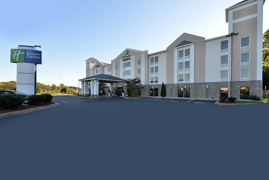 Seaford, DE: Hotel Exterior