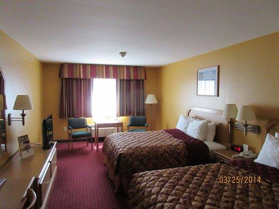 Warsaw, Missouri: Standard room 2 queen beds