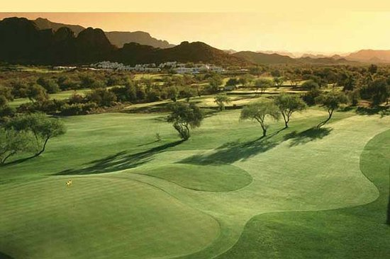 Gold Canyon, AZ: Two Golf Courses