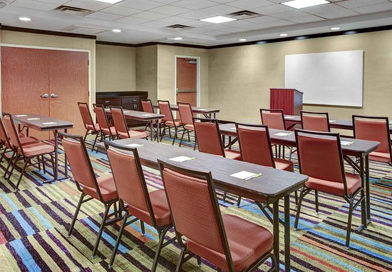 Oxford, AL: Meeting Space - Classroom Style