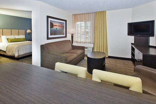 Nanuet, Estado de Nueva York: Queen Bed Guest Room