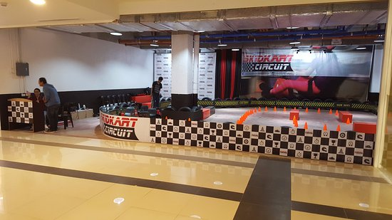 Santa Rosa, Philippines: Skidkart Circuit at Cinema building 2nd floor