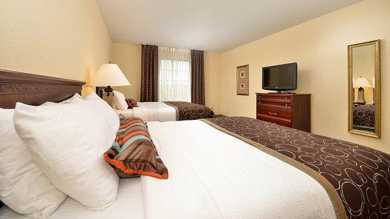 West Des Moines, IA: Double Bed Guest Room