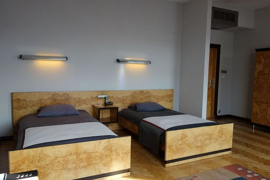 Hotel Monopol: DELUXE ROOM WITH 2 TWIN BEDS