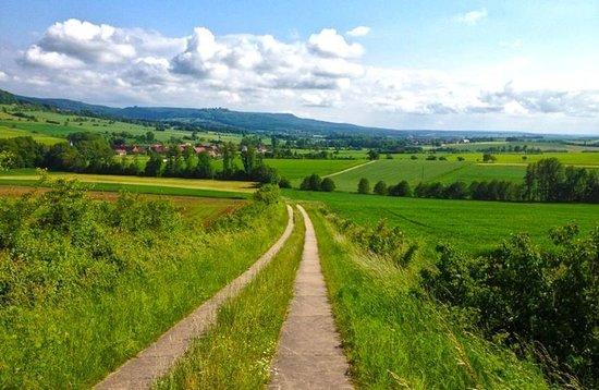 Scheßlitz, Deutschland: Burgellern Castle - Burgellern Village