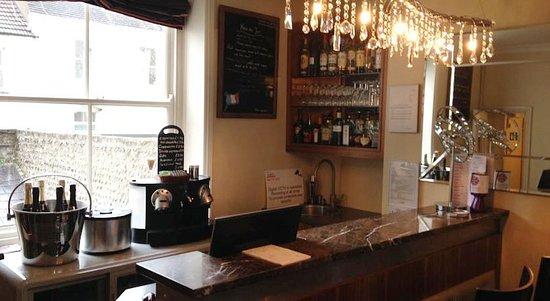 New Steine Hotel: Bar