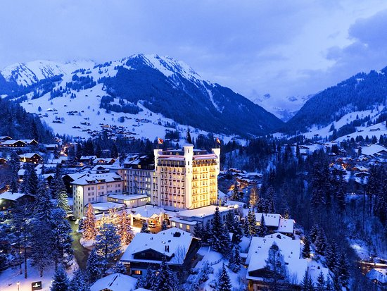 Gstaad Palace Hotel: Gstaad Palace Winter View