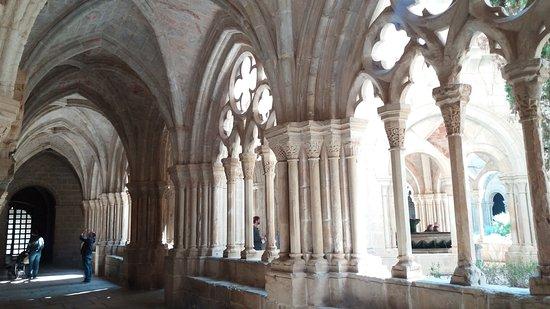 Aiguamurcia, Spain: Claustro del Monasterio de Santes Creus