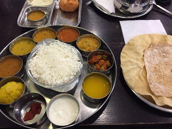 Saravana Bhavan: South Indian Thalli meal