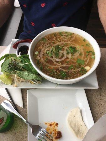 Basilic Vietnamese Grill: photo2.jpg