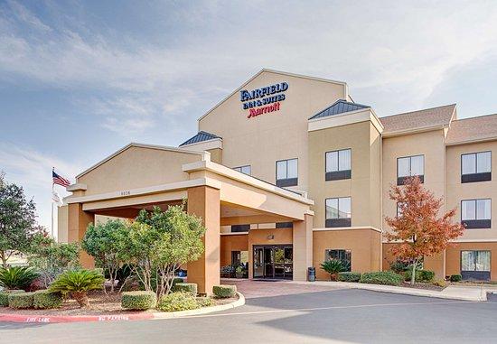 Fairfield Inn & Suites by Marriott San Antonio SeaWorld/Westover Hills