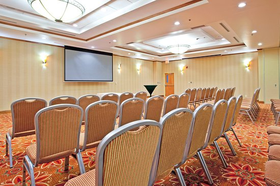 Sandston, Wirginia: We have over 9500 sq ft of space for your big and small events