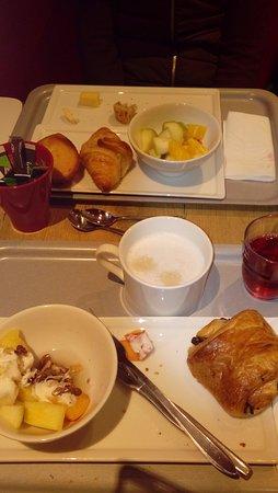 Ibis Paris Gare du Nord La Fayette 10eme: Desayuno