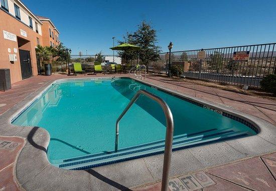 Ridgecrest, Καλιφόρνια: Outdoor Pool
