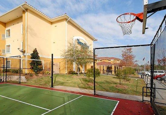 Shenandoah, تكساس: Sport Court