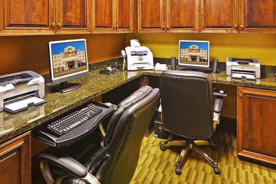 Holiday Inn Express Hotel & Suites Ooltewah Springs-Chattanooga : Business Center