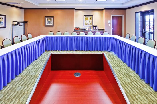 Holiday Inn Express Hotel & Suites Ooltewah Springs-Chattanooga : Meeting Room