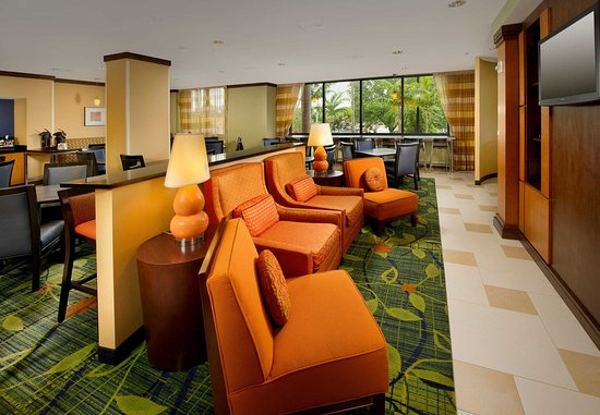 Fairfield Inn & Suites Miami Airport South: Lobby