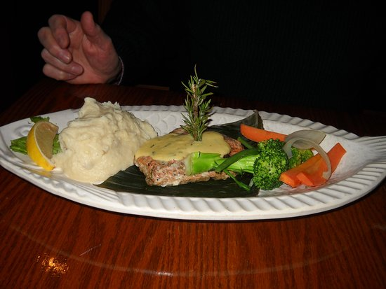 Abbotsford, Canada: Lots of food, well presented.