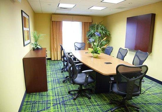 East Peoria, IL: Boardroom