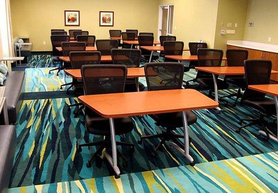 Rosenberg, TX: Longhorn Meeting Room