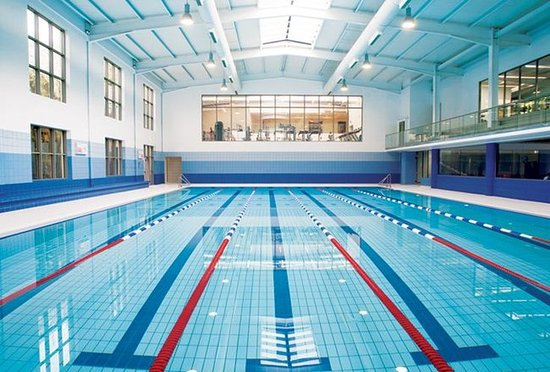 Salthill Hotel: Competitive Swimming Pool