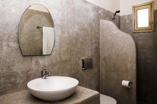 Olia Hotel: Standard Room Bathroom