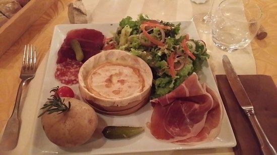 Restaurant L'Oree des Pistes: Boite chaude