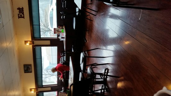 Shirley's Restaurant: 20170112_105506_large.jpg