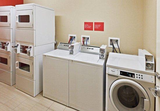 Owasso, OK: Laundry Room
